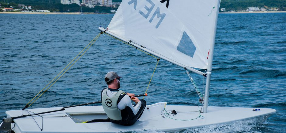 Downwind Rocking Rule 42 Laser
